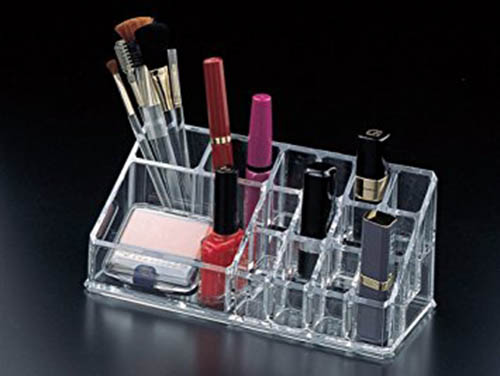 10. Acrylocomedesign Lipstick holder